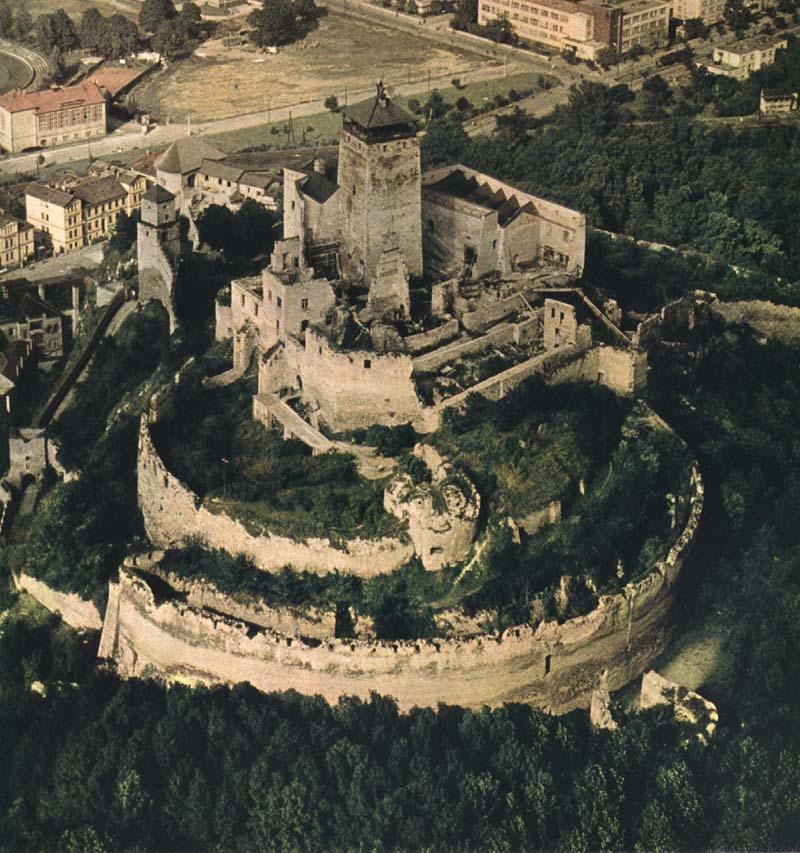 Výsledok vyhľadávania obrázkov pre dopyt trenčín hrad